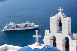Travel on board Seven Seas Voyager and take a short hike to see breathtaking views of Santorini.