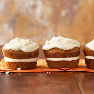 Pumpkin Cupcakes with Spiced Mascarpone Cream Filling.