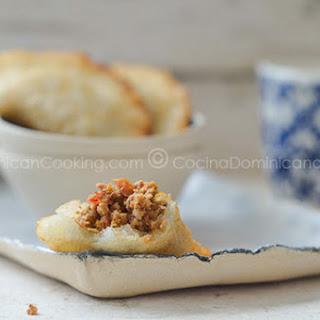 Empanaditas de yuca o catibías (Cassava pasties)