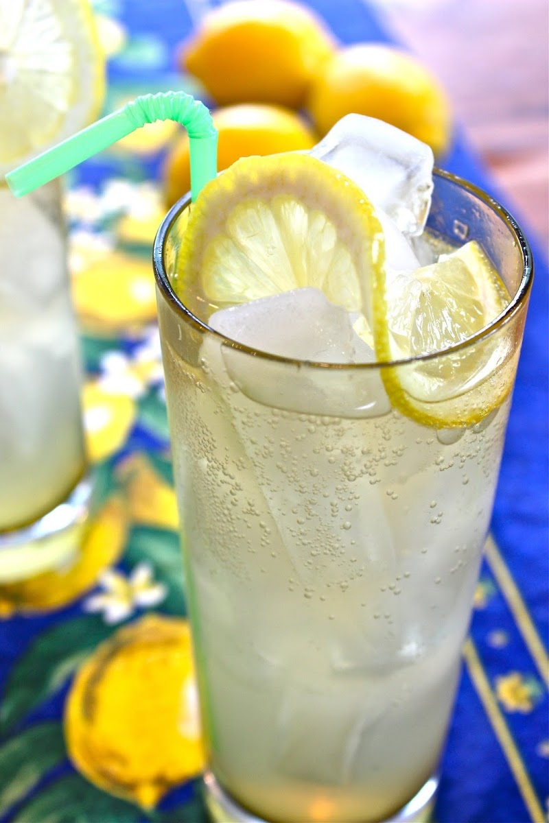 10 best gin and soda water recipes. Black Bedroom Furniture Sets. Home Design Ideas