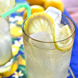Limoncello Gin Cocktail.
