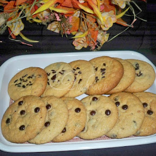 Peanut Butter & Chocolate Chips Cookies