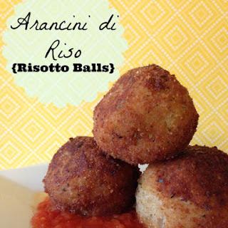 Arancini di Riso {Risotto Balls} with Quick Tomato Sauce