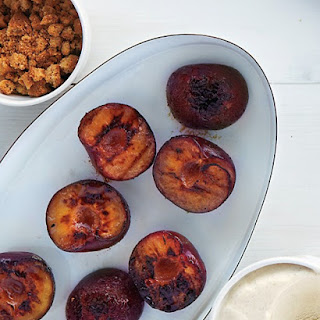 Grilled Plums with Cookies and Ice Cream.