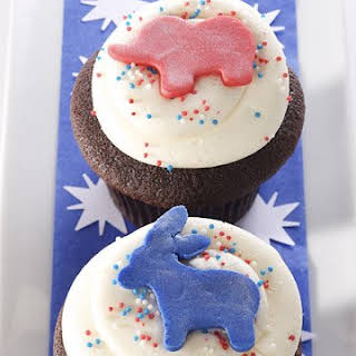 Chocolate and Vanilla Election Day Cupcakes.
