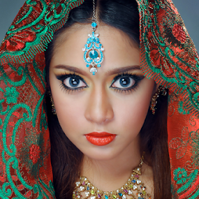 Beauty of India by Amin Basyir Supatra - People Fashion ( bali, fashion, girl, india, beauty, culture, portrait )
