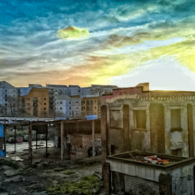 Sunrise, Bromley By Bow, East London by Griff Johnson - Instagram & Mobile Android ( bromley-by-bow, london, train, sunrise, decay, #GARYFONGDRAMATICLIGHT, #WTFBOBDAVIS )