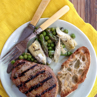 Easy Rosemary-Rubbed Pork Chops Recipe