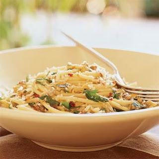 Spaghetti with White Clam Sauce.