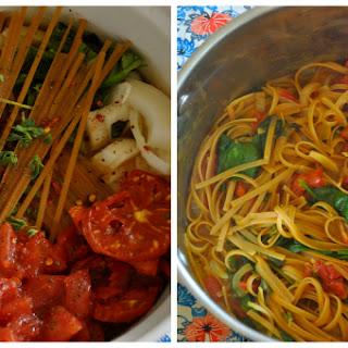 One-Pot Vegan Tomato Basil Spinach Pasta