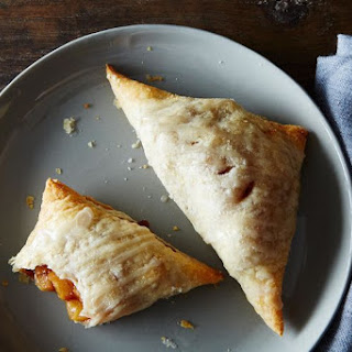 20 Minute Apple Turnovers
