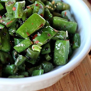 Green Beans with Toasted Mustard Seeds and Garlic
