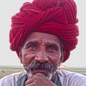smiling eyes by Shashank Sharma - People Portraits of Men ( shepherd, sunset, smile, people, portrait )