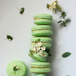 Matcha Green Tea Macaron
