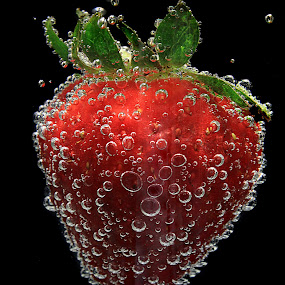 Strawberry by Besnik Hamiti - Food & Drink Fruits & Vegetables ( fruit, kosovo, bubbles, strawberry, berries )