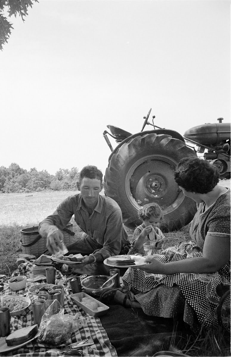 Farmer Charlie Eater And Wife - Mt. Vernon, Ill, Farm