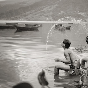 Lake Bath by Nguyen Kien - People Street & Candids ( black and white, bath, lake, man, nepal )
