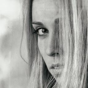 o.T. by Alexander Kulla - People Portraits of Women ( model, woman, portrait,  )