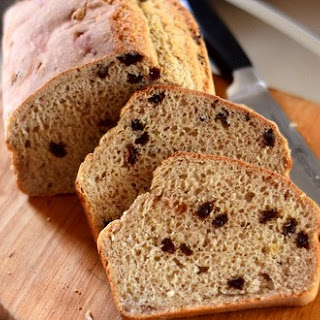 Cinnamon Raisin English Muffin Bread