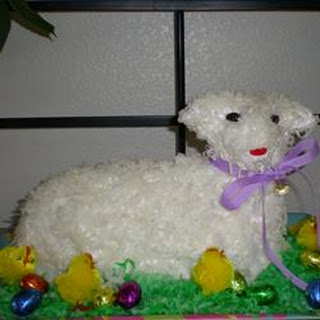 Easter Lamb Pound Cake.
