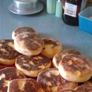 Portuguese Muffins - Bolo Levedo