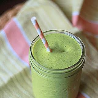 Vegan Mango-Coconut Green Smoothie.