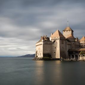 Chillon by Raffaello Terreni - Buildings & Architecture Public & Historical ( castello di chillon, svizzera, lago di ginevra, switzerland, long exposure, lake, castle, geneve, nd filter )