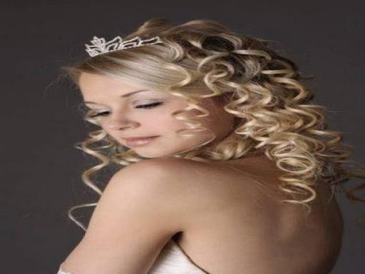 新娘发型。