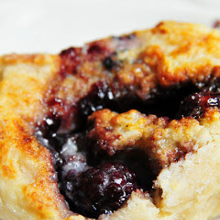Blackberry Breakfast Cobbler