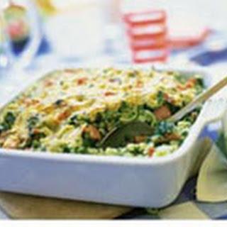 Macaroni Uit De Oven Met Groenten En Salami