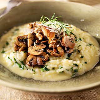 Smoked-Gouda Risotto with Spinach and Mushrooms.