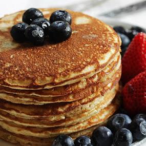 Pancakes by Vrinda Mahesh - Food & Drink Plated Food ( pancakes macro, macro, berries on top, bright, breakfast, strawberries, pancakes, white background, plated food, square, pancakes with berries,  )