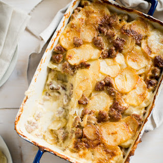 Sausage Potatoes au Gratin