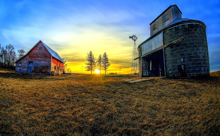 Beginning of the Day by DE Grabenstein - Buildings & Architecture Decaying & Abandoned ( field, farm, pasture, barn, corn crib, sunrise )