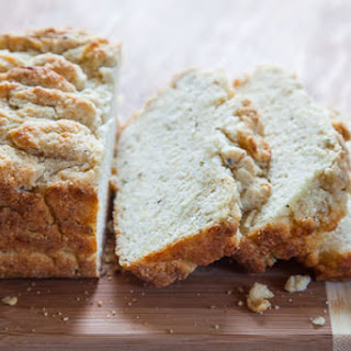 Beer Bread Recipe with Semolina, Rosemary and Cheese