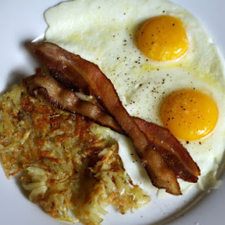 Alton Brown's 'Man Breakfast' with Bacon, Eggs, and Hash Browns.