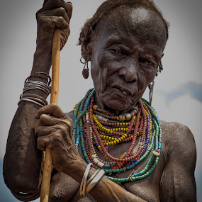 Tribal Woman by Paul Runze - People Portraits of Women ( omo x valley, omo, 2014 ethiopia, family )