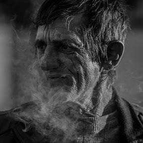 Smoke by Zencenco Cristian - People Portraits of Men