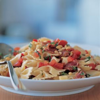Farfalle with Salsa Cruda