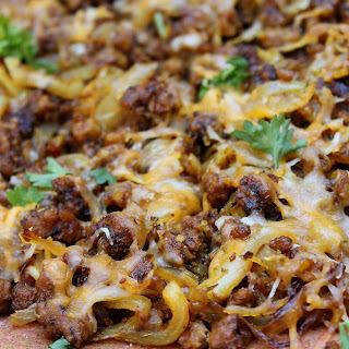 Pizza with Caramelized Onions & Beyond Beef Crumbles