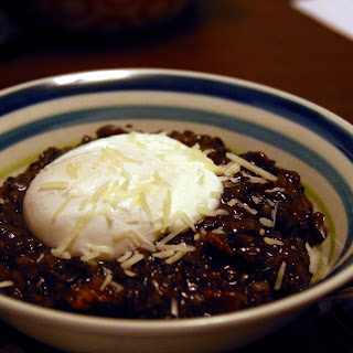 Poached Egg over Bacon Black Risotto (Adapted from Jill Duple & Alton Brown).