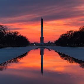 Washington Monument Sunrise by Robert Gallucci - Buildings & Architecture Statues & Monuments ( washington dc, monument, sunrise )