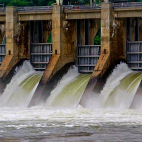 Chickamauga Dam by Jermaine Pollard - Landscapes Waterscapes ( water, chickamauga, dam, tennessee, lake, fishing )