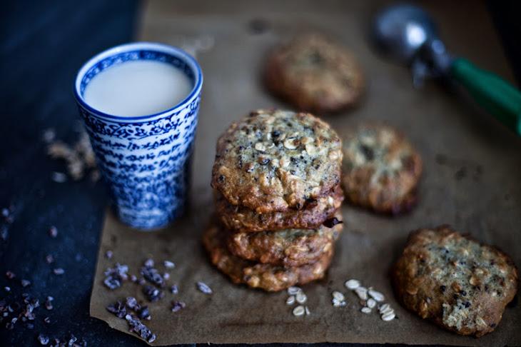 Chocolate, Banana, and Cardamom Oatmeal Cookies Recipe