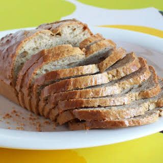 Simple and Fluffy Gluten-Free Low-Carb Bread.