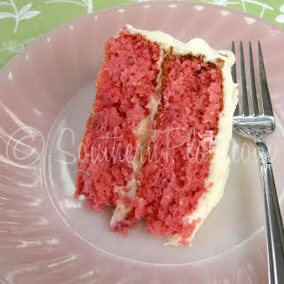 Fresh Strawberry Cake With Cream Cheese Icing.
