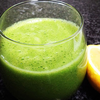 A Tropical Twist on Your Green Smoothie
