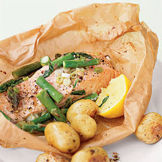 Steamed Salmon and Asparagus in Parchment.