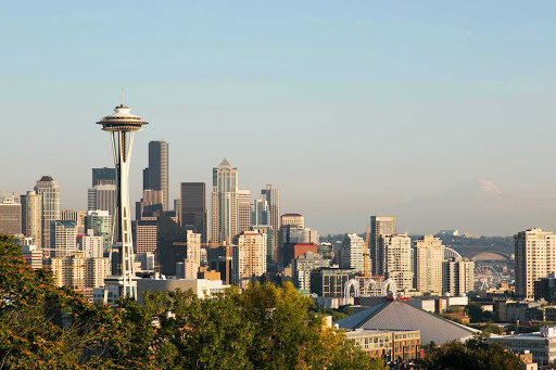 skyline-needle-Seattle - A clear view of the Seattle skyline from Kerry Park.