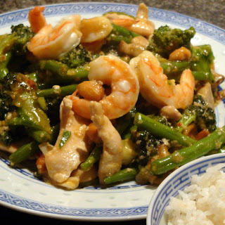 Chinese Spicy Chicken and Broccoli Stir Fry.